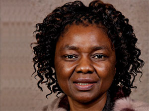 The Department of Education needs to prioritise training so teachers can become competent in using tech in schools, says DTPS deputy minister Hlengiwe Mkhize.