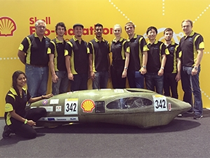 The team consists of eight engineering students from UJ, accompanied by a team mentor and mechanical engineer.