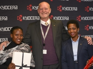 Last year's first female graduate from Potter's House's xerography programme: Katlego Ramotshabi (LHS), Wayne Holborn, MD of Kyocera Document Solutions (middle), and Hazel Mosai (RHS), Guest speaker - KDZA's consultant for key accounts and tenders.