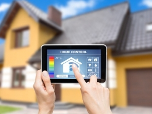 The smart home hardware and services market will rise to $195 billion by 2021, says  Juniper Research.